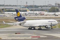 Lufthansa Cargo MD-11F; D-ALCE@FRA;19.10.2016 (Aero Icarus) Tags: frankfurtinternationalairport fra rheinmainflughafen rheinmainairport avion plane aircraft flugzeug lufthansa cargo md11f dalce md11 trijet lufthansacargo