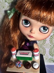 Blythe-a-Day November#18: Favorite Treat: Abby Wants to Share Some Treats