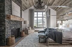 modern-chalet-design-usa-07 (ideasandhomes) Tags: design decor interior home house chalet bedroom