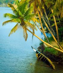 boat3 (Paul Varuni) Tags: kerala rivers boat backwaters