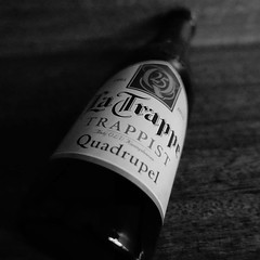 high iso test #rx100m3 10000 #iso #beer #beergeek #beergram #bokeh #bier #biere #beerlovers (The Beer Monk & Railway Addict) Tags: instagramapp square squareformat iphoneography uploaded:by=instagram beer birra cerveza bier bire rx100m3 sony bokeh alcohol