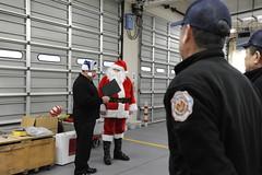 161207-N-LV456-017 (Fleet Activities Yokosuka) Tags: yokosuka firedepartment santa holidays