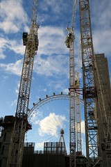 Like Antennas to Heaven (mArc ferr) Tags: london londres grues cranes londoneye clouds nuages