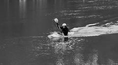 canyoning (fotoleder) Tags: fotoleder eau nb bw noiretblanc monochrome reflets mouvement sport sportaquatique fleuve automne genève ge suisse ch