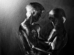 Les Amoureux (Patevy Damant) Tags: arts bw gravure interieur jour monochrome nb olympus silhouette