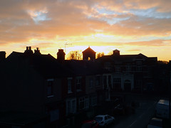 2016_12_010001 (Gwydion M. Williams) Tags: sunset coventry britain greatbritain uk england warwickshire westmidlands chapelfields sirthomaswhitesroad