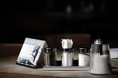 Reserviert (swphotographie) Tags: stilllife sign table pepper stillleben salt stilleben schild card tisch reserved pfeffer zucker salz booked reserviert