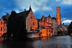 Rozenhoedkaai - Brugge (Jaume CP BCN) Tags: sunset night nikon belgium cloudy brugge bruges brujas d700 mygearandme mygearandmepremium nikkor24120f4vr flickrstruereflection2