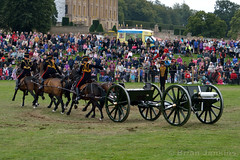 Chatsworth Country Fair 2013 (Bri_J) Tags: nikon artillery rha britisharmy chatsworth royalhorseartillery kingstroop d3200 chatsworthcountryfair