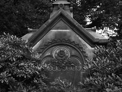 Ohlsdorf Friedhof 2013 (10) (myriam.kemper) Tags: blackandwhite friedhof graveyard hamburg ohlsdorf ohlsdorferfriedhof schwarzweis