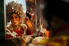 Mirror mirror on the wall, who is the fairest of them all? (notjustnut) Tags: show thailand opera bangkok chinese performance actor performer chineseopera chineseculture chineseperformance
