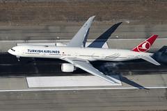 TC-JJN Oct 18 2013 (alevik123) Tags: boeing 777300 klax turkishairlines