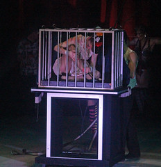 2014_Turbo_0879 (SJM_1974) Tags: circus illusion mikecomber ellenramsay
