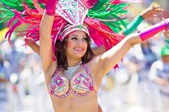 Energia do Samba - 2014 San Francisco Carnaval Grand Parade (--Mark--) Tags: sf sanfrancisco carnival photos fotos mission carnaval skipped canonef135mmf2l 36thannual sanfranciscocarnavalgrandparade larumbadelacopamundialcelebrationoftheworldcup