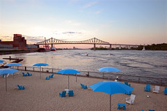 Montreal (danielallain657) Tags: bridge beach water port nikon eau montreal sable parasol pont plage