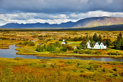 ingvellir rift valley (Sizun Eye) Tags: ingvellir iceland xar althing goldencircle unesco heritage cultural rift valley landscape paysage mountains church parliament world northerneurope europedunord sizuneye tamron2470mmf28 nikond750 autumn automne