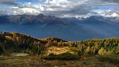 Fall falling (paletta_7) Tags: mountains mountain autumn landscape panorama valledaosta