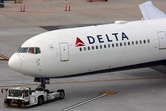 N827MH - Delta Boeing 767-400ER (AndrewC75) Tags: airport aviation airplane aircraft airline airliner heavy jet boeing delta 767 767400er b767 b767400er supertug atlanta hartsfield jackson international
