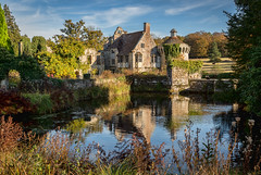 Scotney Castle (NoVice87) Tags: kent scotneycastle fall autumcolours lake moat