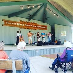 Pickin (vastateparksstaff) Tags: bluegrass oldtime openmic concert venue dancing
