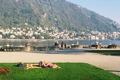 The last sunbath (sirio174 (anche su Lomography)) Tags: sunbath piedi piedinudi bafefoot park parco aiuola como villaolmo autunno autumn
