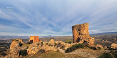 (375/16) Castillo de Tabernas (Pablo Arias) Tags: pabloarias photoshop nxd cielo nubes texturas arquitectura espaa ruinas castillo tabernas almera comunidadandaluza almena torren