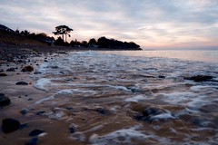 Springvale beach (gallyslave) Tags: beach tide isleofwight wetfeet sundown