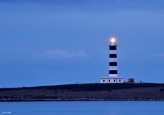 Faro de Punta Prima (jaume vaello) Tags: faros nikond5100 nikon menorca manfroto singma70300 mar marmediterraneo