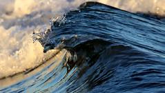 Bubble (PAF71) Tags: wave curl bubble beach ocean