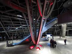 Lyon - Le hall d'entre du muse des Confluences avec le puits de gravit et l'escalator. (Gilles Daligand) Tags: lyon rhone musedesconfluences hall entre escalator puitsgravit olympus omdem5