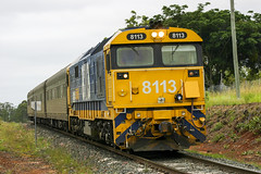 Pacific National 8113 approaches Acacia Ridge from the south with the Railcorp AK Inspection Cars. (qrig) Tags: cars pacific ak ridge national acacia 81 artc 8113