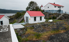 20130511D8E_5300 (cisco42) Tags: sea cliff lighthouse canada britishcolumbia shoreline northamerica saltwater canadiancoastguard lightstation secheltpeninsula vancouvercoast merryislandlightstation