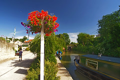 818-14L (Lozarithm) Tags: bradfordonavon canals kennetavon paths kx 1224 pentax zoom