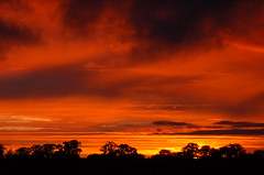 Stormy Cambridgeshire country sunset (Kirkleyjohn) Tags: sunset sky cloud sol clouds atardecer countryside sonnenuntergang pôrdosol cambridgeshire coucherdusoleil