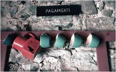 Pagamenti (Italian Film Photography) Tags: ceramica colors rollei minolta slide cups dynax colori e6 diapositiva tazze developedathome 800si tetenal colortec cr200 pagamenti digibase