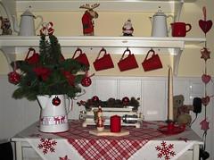Meine Kche zur Weihnacht (Regine1959) Tags: christmas xmas red rot kitchen weihnachten advent kche deko