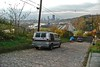 Pittsburgh, South Oakland, Wakefield Street looking west towards downtown Pittsburgh, 2003 (real00) Tags: 2003 street urban skyline pittsburgh view hill streetscene cobblestone deadend urbanlandscapes 2000s monongahelariver pittsburghpa southoakland wakefieldstreet parkwayeast