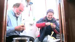 NV13 - Dirk zeilt,schilt en eet mee op de Sotra