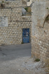 Haifa Streets (48) (Chasing Ghosts LDN / MELB) Tags: streetart photography israel screen warehouse printing ghosttown ghosts haifa shiz chasing keos chased gingie chasingghosts brokenfingaz chasinghosts haifagraff haifagraffiti thewarehousehaifa