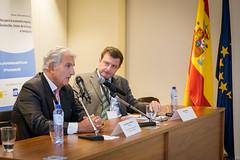 """Evento """"Nuevos retos para la economía española: crecimiento sostenible, unión de la energía e inmigración"""" • <a style=""""font-size:0.8em;"""" href=""""http://www.flickr.com/photos/132904123@N05/29795439970/"""" target=""""_blank"""">View on Flickr</a>"""