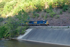 CSX 578- Bud Board (Photo Squirrel) Tags: csx578 csxt csx ge ac44cw coal coaltrain train railroad budboard cumberlandmd maryland water cumberlandnarrows