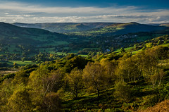 Autumn Evening, Surprise View (Peter Quinn1) Tags: peakdistrict derbyshire derwentvalley hathersage hopevalley winhill losehill millstoneedge surpriseview longshawestate autumn evening birchwood