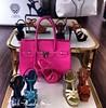 احذية وشنط بالالوان الفسفورية (Arab.Lady) Tags: احذية وشنط بالالوان الفسفورية
