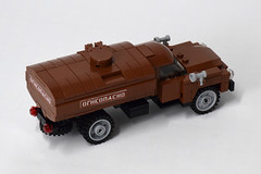 ZIL-130 Fuel Truck (3) (Dornbi) Tags: lego zil truck zil130 soviet fuel ground vehicle