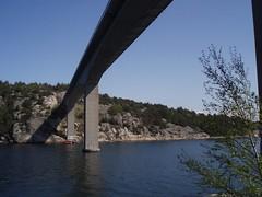 Tjrnbron seen from Klln 2008 (biketommy999) Tags: klln bohusln vstkusten biketommy999 biketommy sverige sweden 2008 havet sea bro bridge