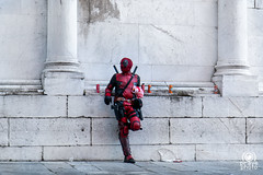 Waiting for next Lucca Comics (andrea.prave) Tags: luccacomicsgames2016 luccacomicsgames luccacg2016 luccacg luccacomics luccacomics2016 comics lucca deadpool marvel wait waitingfor cosplayer cosplay luccacg16