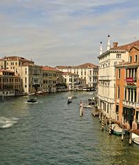 A6050VENb (preacher43) Tags: venice italy rialto bridge ponte dellaccademia grand canal