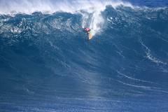 IMG_2142 copy (Aaron Lynton) Tags: surfing lyntonproductions canon 7d maui hawaii surf peahi jaws wsl big wave xxl