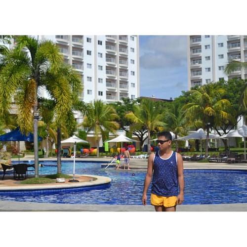 Summer is everywhere I go. ☀️😂