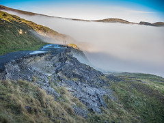 Castleton 261116-6095 (RobinD_UK) Tags: mam tor castleton peak district edale temperature inversion clouds